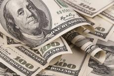 Доллар вплотную приблизился к 72 рублям